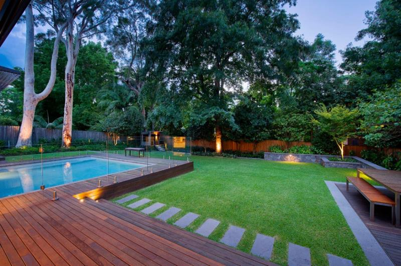 25 Awesome Pools With Equally Awesome Decks-17