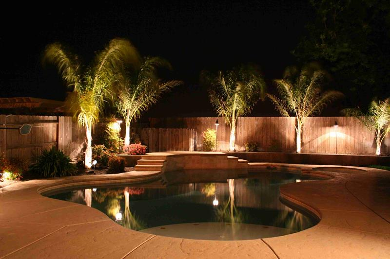 25 Awesome Pools With Equally Awesome Decks-7