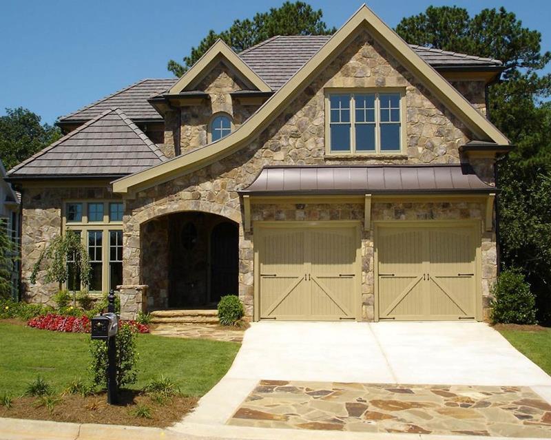 25 Luxury Home Exterior Designs-20