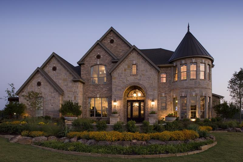 25 Luxury Home Exterior Designs-7
