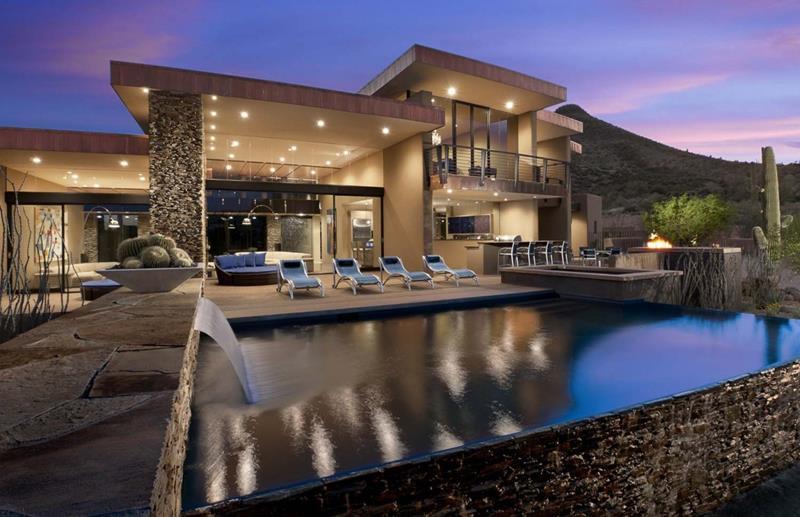 25 Luxury Home Exterior Designs-9