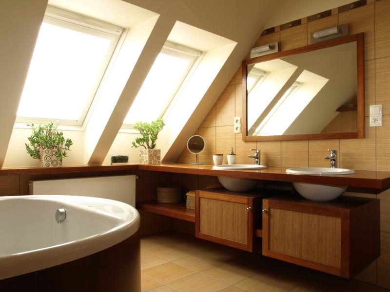 26 Amazing and Inspirational Finished Attic Designs-19
