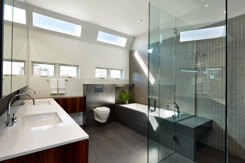 26 Beautiful Wood Master Bathroom Designs-12