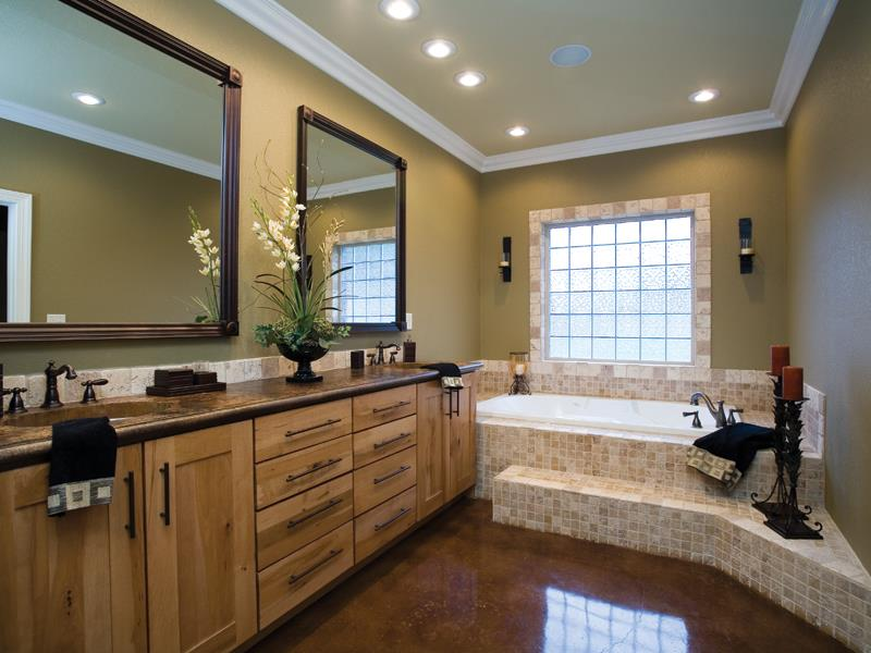Classy Master Bathroom Modern Tub Wooden Toilet Cabinet Design