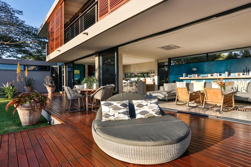 27 Awesome Sun Deck Designs-10