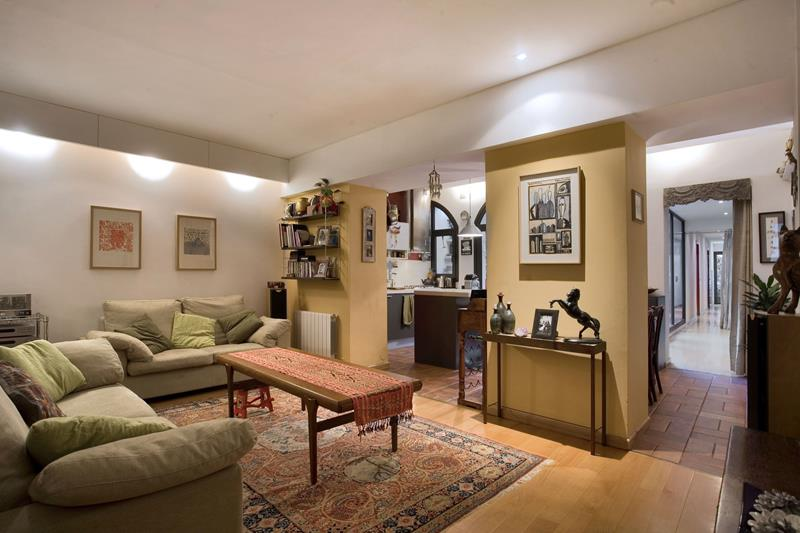 74 Small Living Room Design Ideas-55