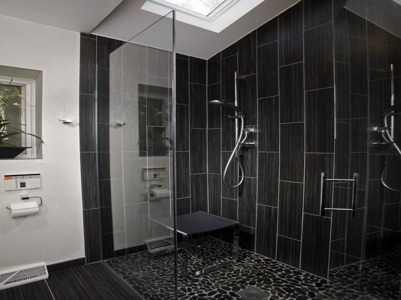 37 Bathrooms With Walk In Showers-17