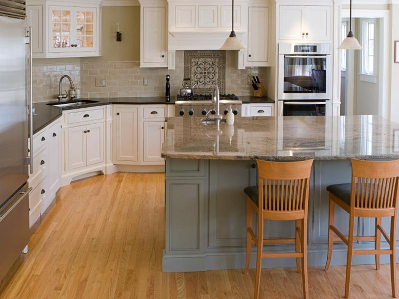 51 Awesome Small Kitchen With Island Designs-1
