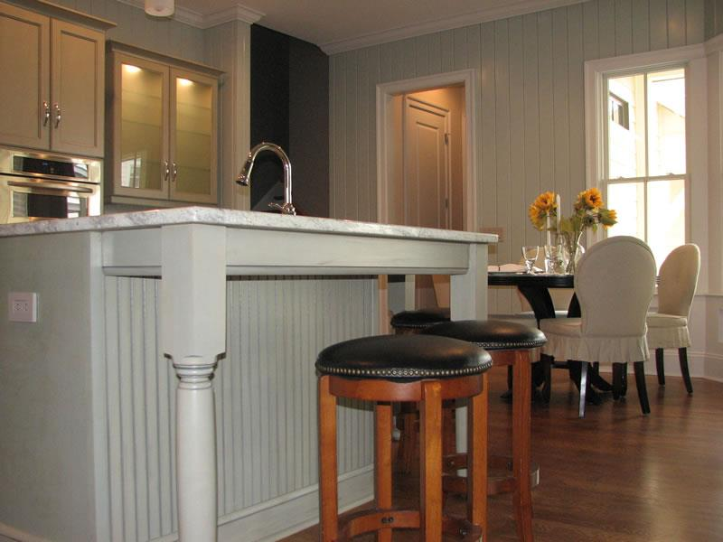 51 Awesome Small Kitchen With Island Designs-19
