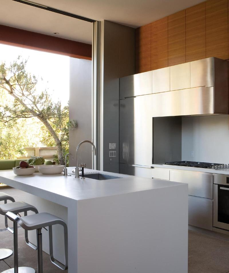 51 Awesome Small Kitchen With Island Designs-42