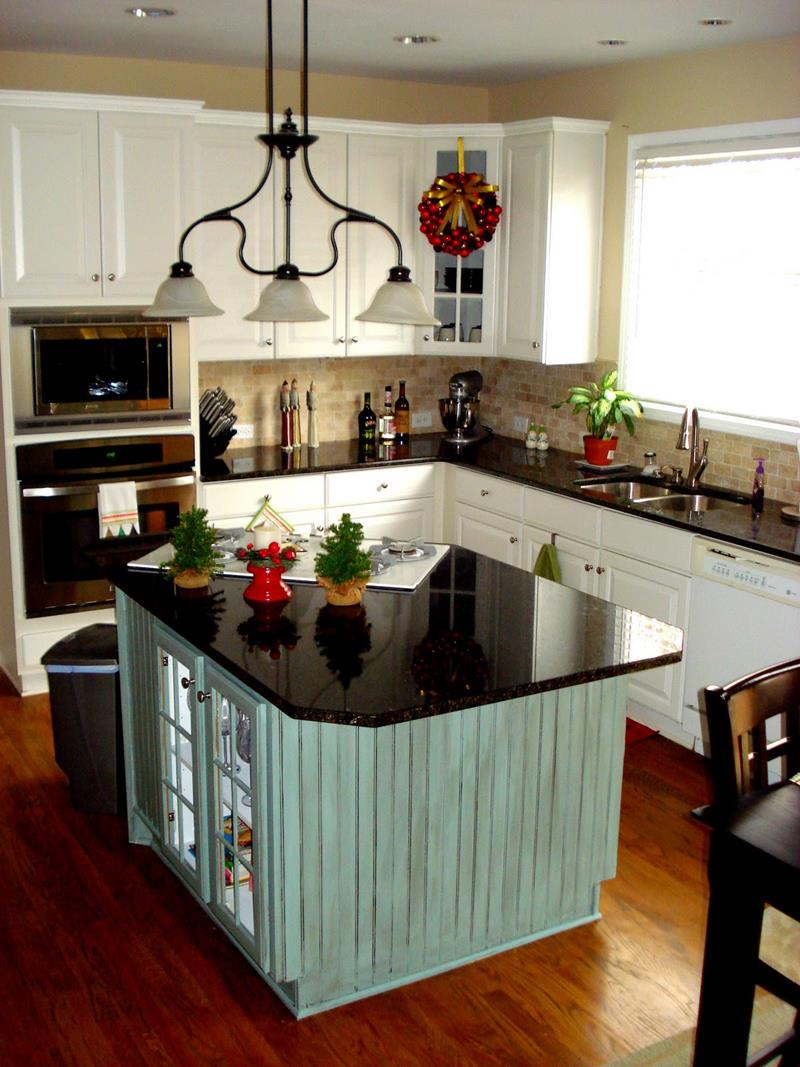 51 Awesome Small Kitchen With Island Designs-6