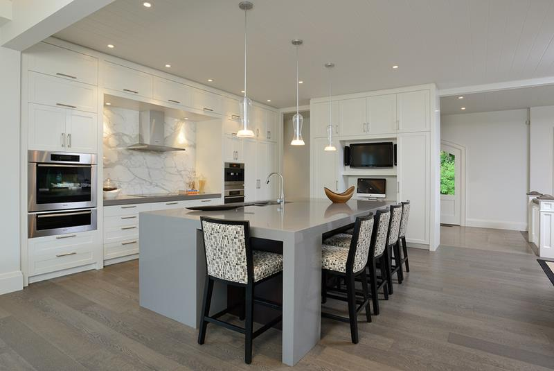 53 Charming Kitchens With Light Wood Floors-19