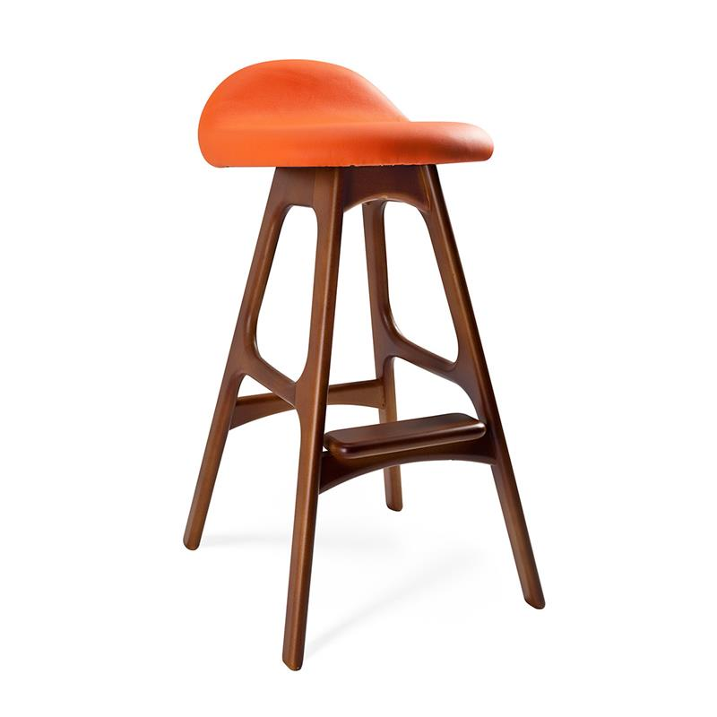 A Guide to Different Types of Barstools and Counter Stools-5c