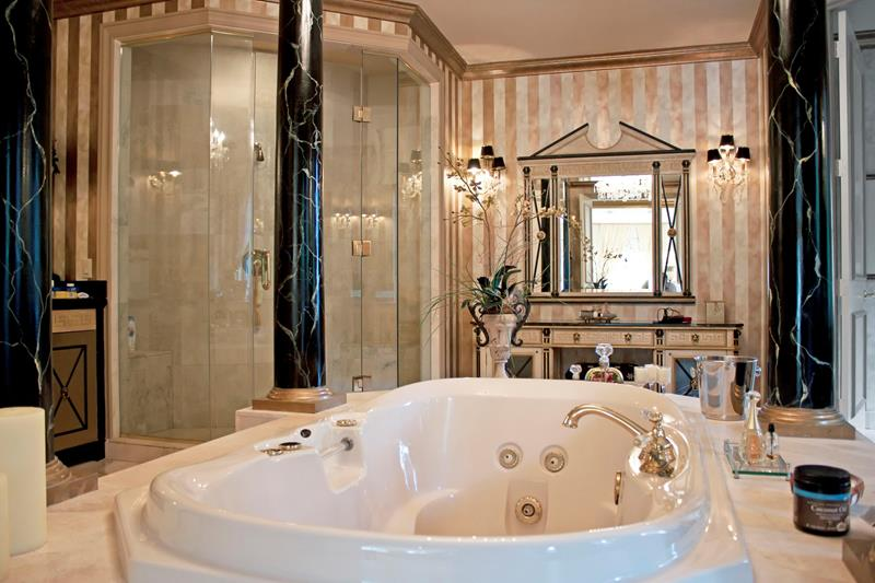 132 Custom Luxury Bathrooms-100
