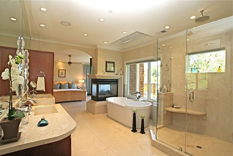 132 Custom Luxury Bathrooms-81
