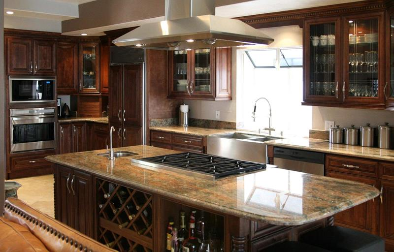 20 Beautiful Kitchens with Dark Kitchen Cabinets Design-5