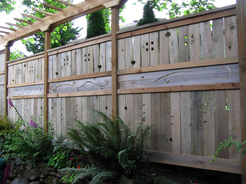 22 Awesome Fence Designs and Ideas-2