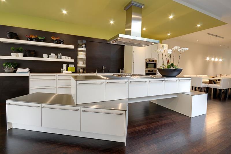 40 Pristine And White Home Kitchens-12