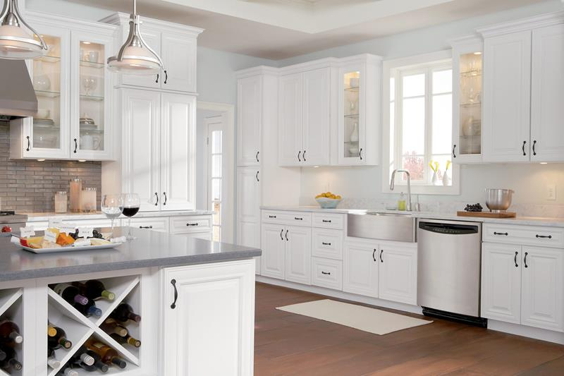 40 Pristine And White Home Kitchens-15