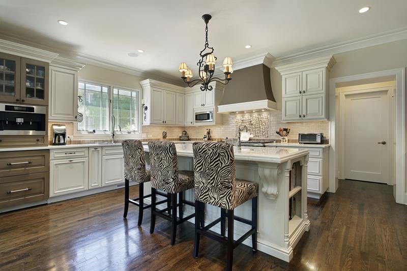 40 Pristine And White Home Kitchens-4