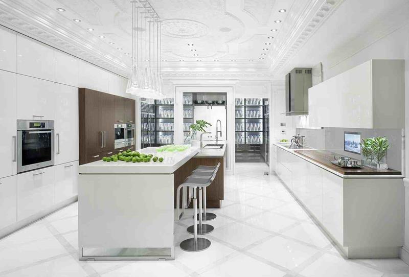 40 Pristine And White Home Kitchens-8