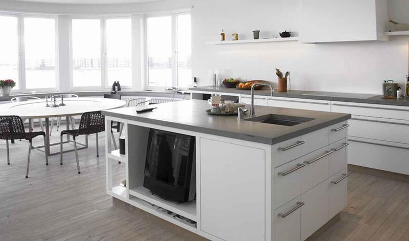40 Pristine And White Home Kitchens-9