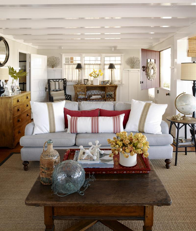 62 Gorgeous Small Living Room Designs-23