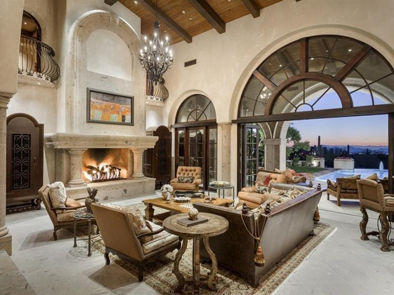 67 Gorgeous Family Room Interior Designs-16