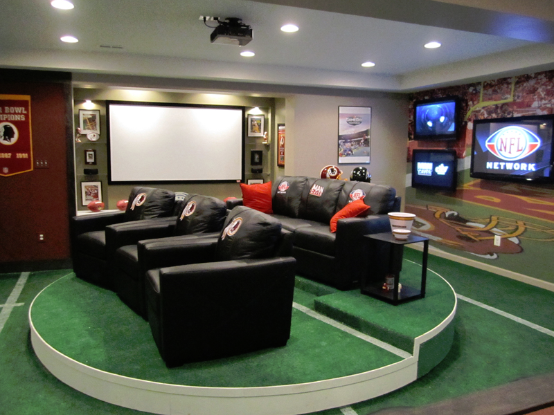 70 Awesome Man Caves In Finished Basements And Elsewhere-2