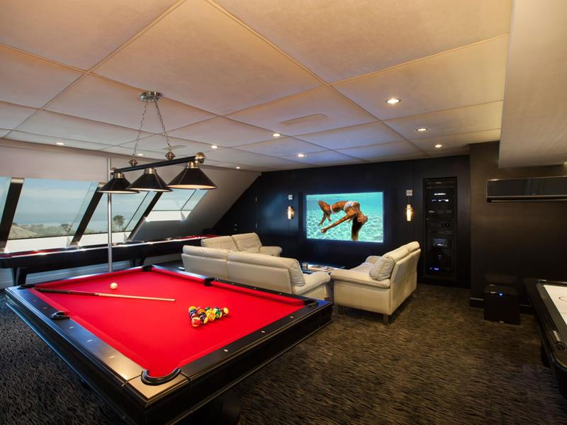 70 Awesome Man Caves In Finished Basements And Elsewhere-21