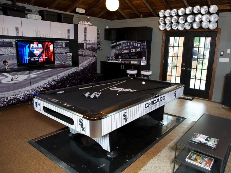 70 Awesome Man Caves In Finished Basements And Elsewhere-3