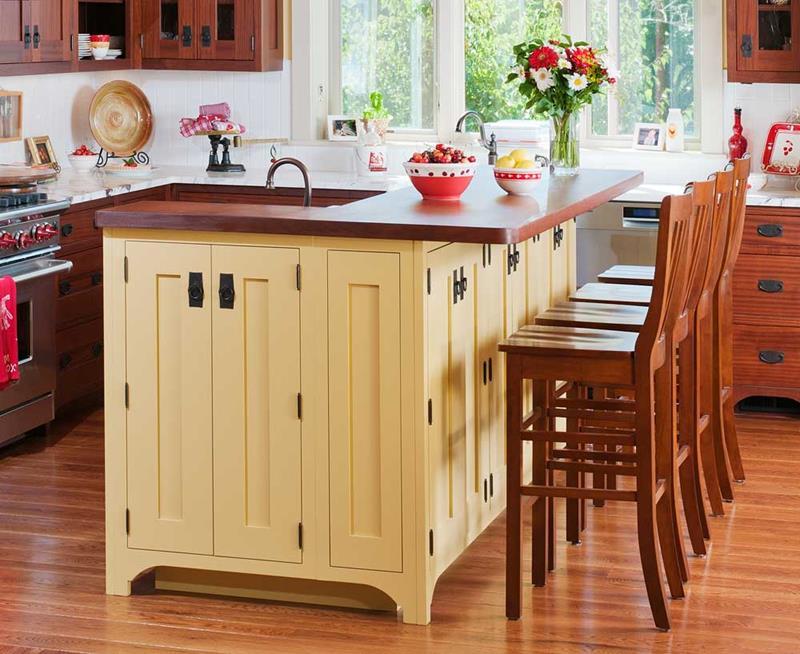 72 Luxurious Custom Kitchen Island Designs-11