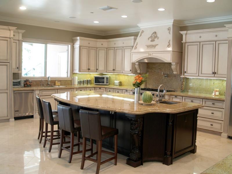 72 Luxurious Custom Kitchen Island Designs-13