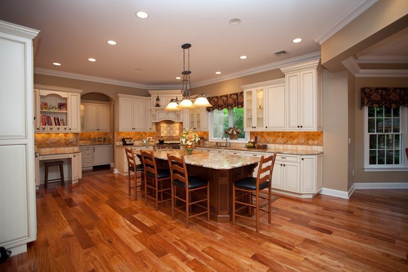 72 Luxurious Custom Kitchen Island Designs-37