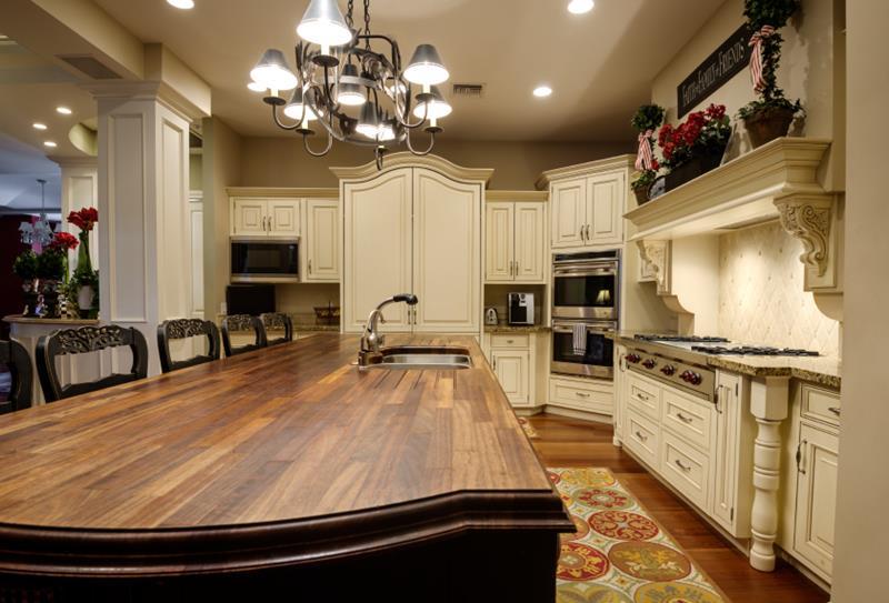 72 Luxurious Custom Kitchen Island Designs-40