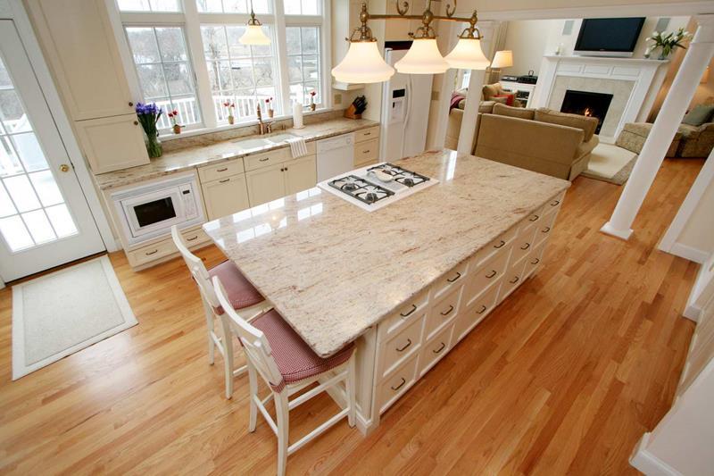 72 Luxurious Custom Kitchen Island Designs-64