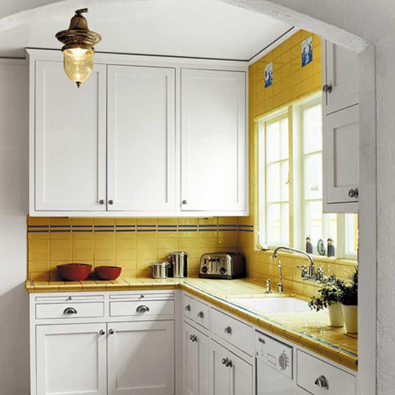 22 Jaw Dropping Small Kitchen Designs-4