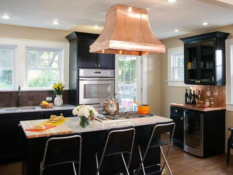 23 Beautiful Kitchen Designs With Black Cabinets-22