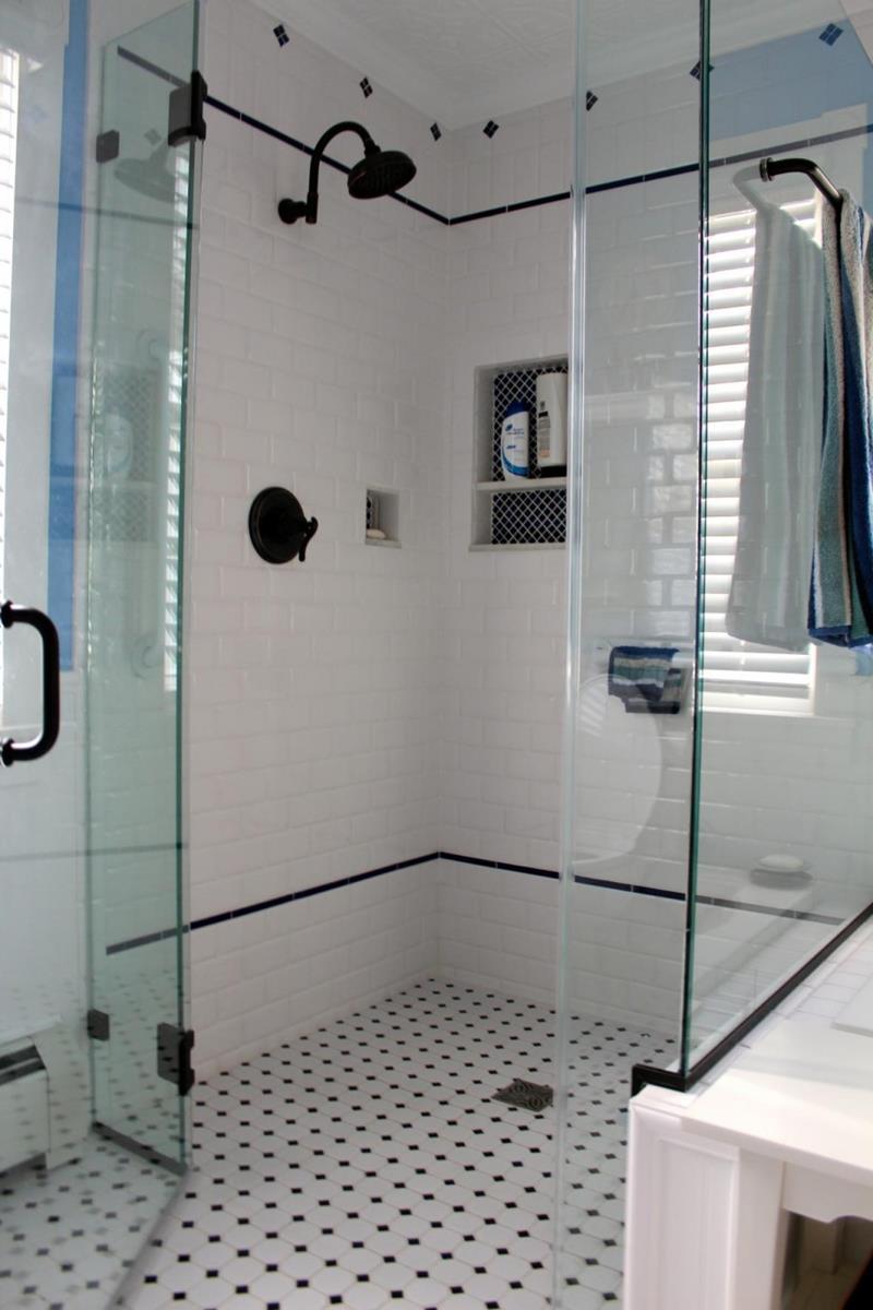 23 Stunning Tile Shower Designs-20