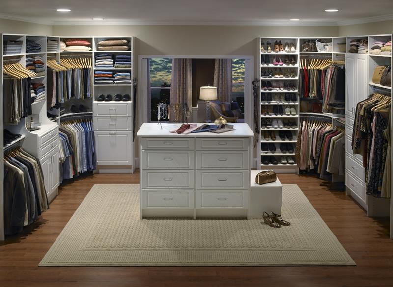 24 Jaw Dropping Walk In Closet Designs-1