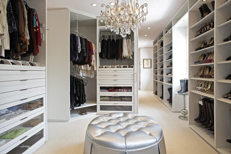 24 Jaw Dropping Walk In Closet Designs-11
