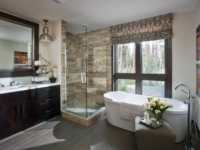24 Luxury Master Bathrooms With Soaking Tubs-2