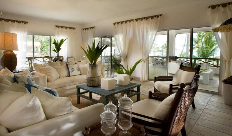 43 Elegantly Decorated Living Rooms-1