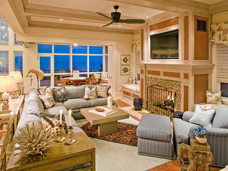 43 Elegantly Decorated Living Rooms-6