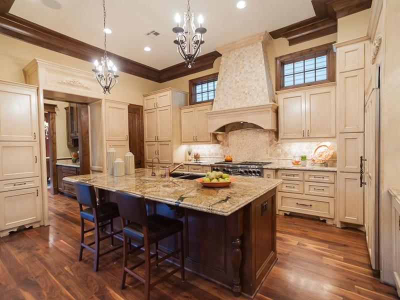 44 Custom Kitchens Of All Styles-3