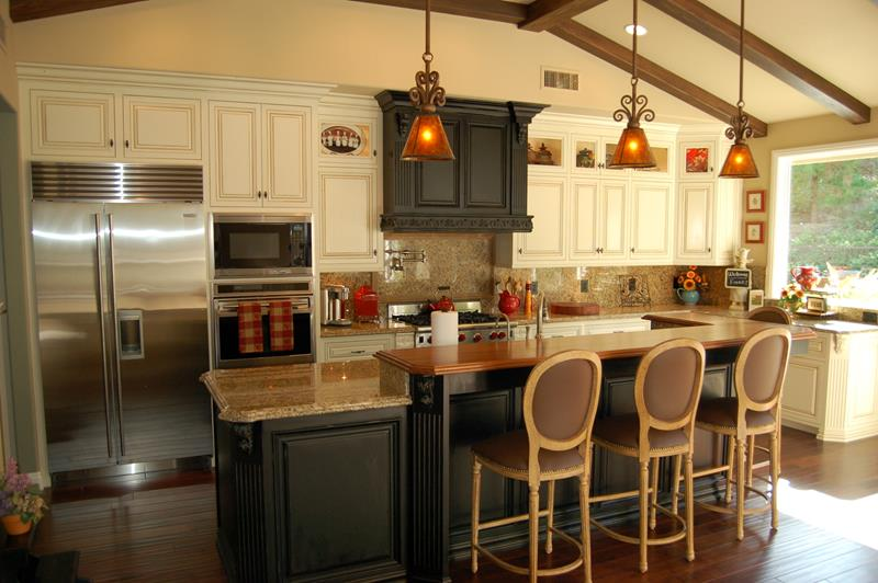 44 Custom Kitchens Of All Styles-4