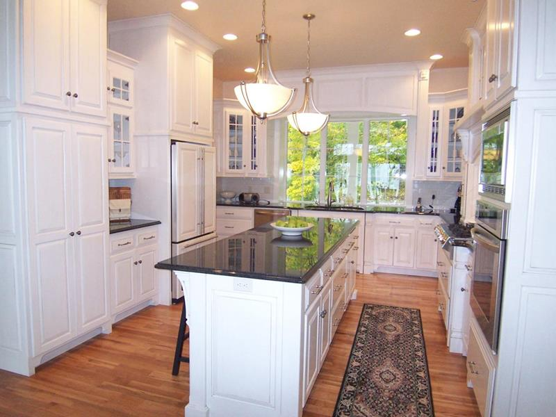 52 U Shaped Kitchen Designs With Style-14