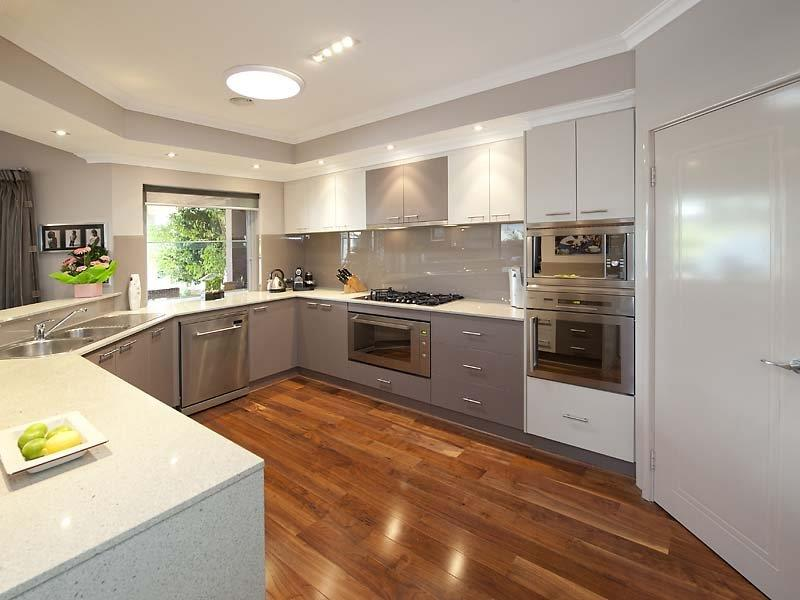52 U Shaped Kitchen Designs With Style-30