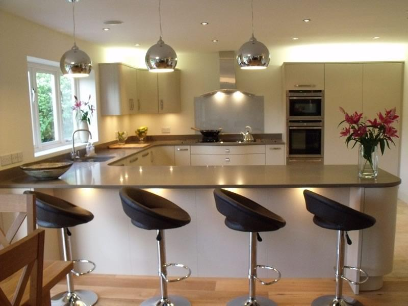 52 U Shaped Kitchen Designs With Style-49