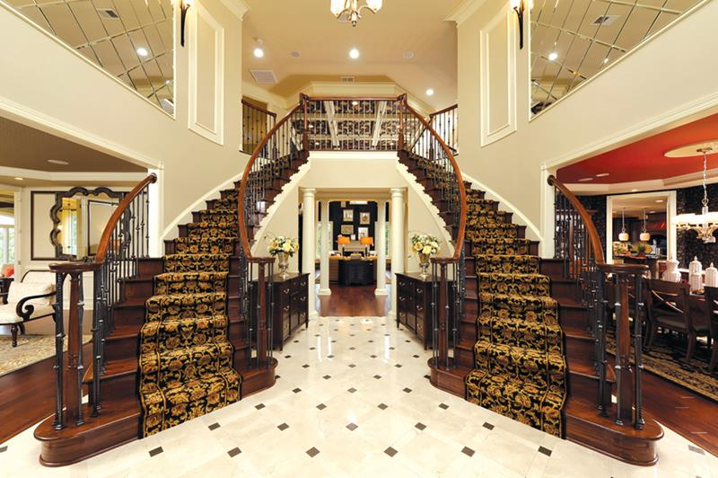 56 Beautiful And Luxurious Foyer Designs-25